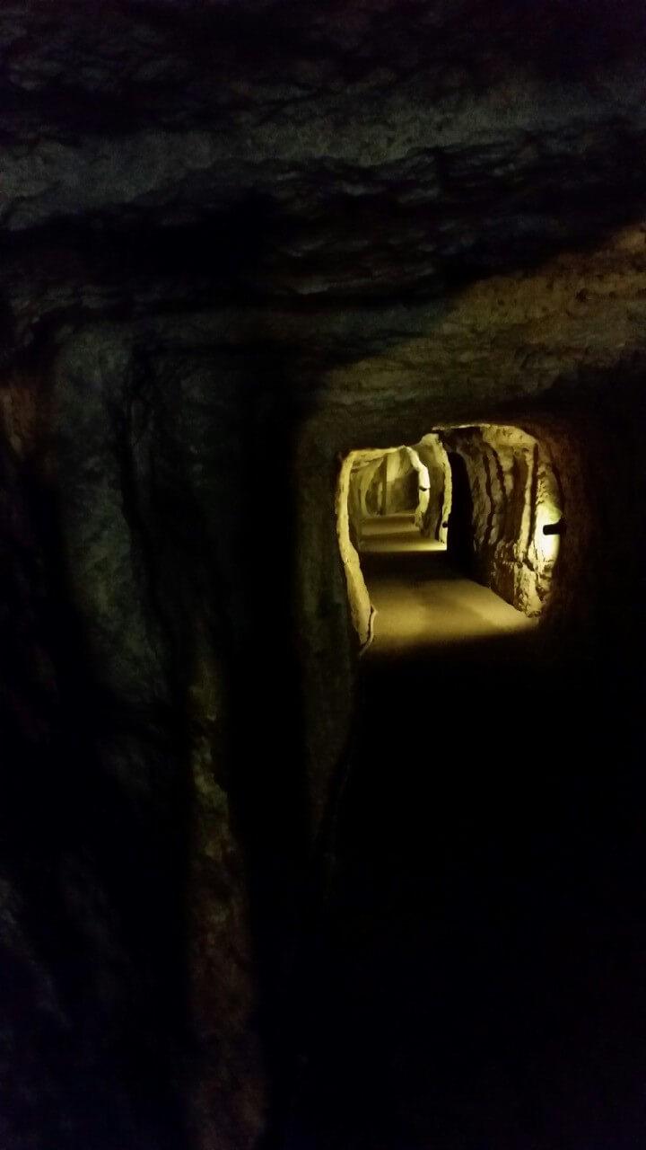 石見銀山坑道